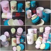 Цветные коробки с тиснением фольгой  для цветов